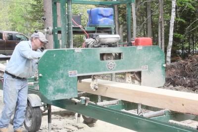 De la forêt à l'atelier - Le sciage du bois