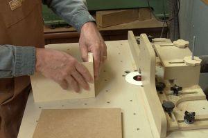 Fabrication des onglets à la toupie