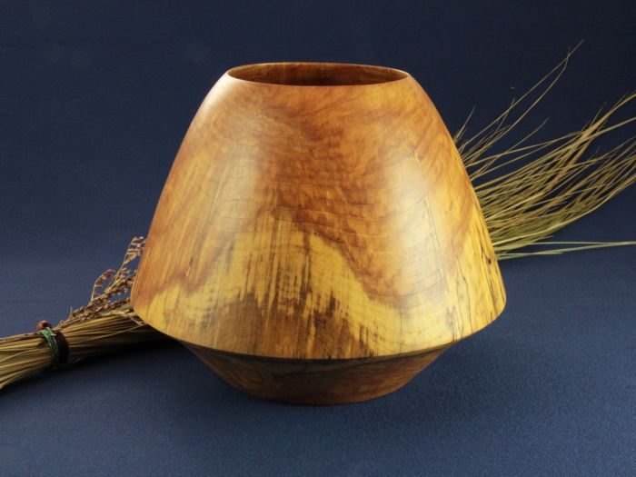 Tournage sur bois - Vase en bois coti